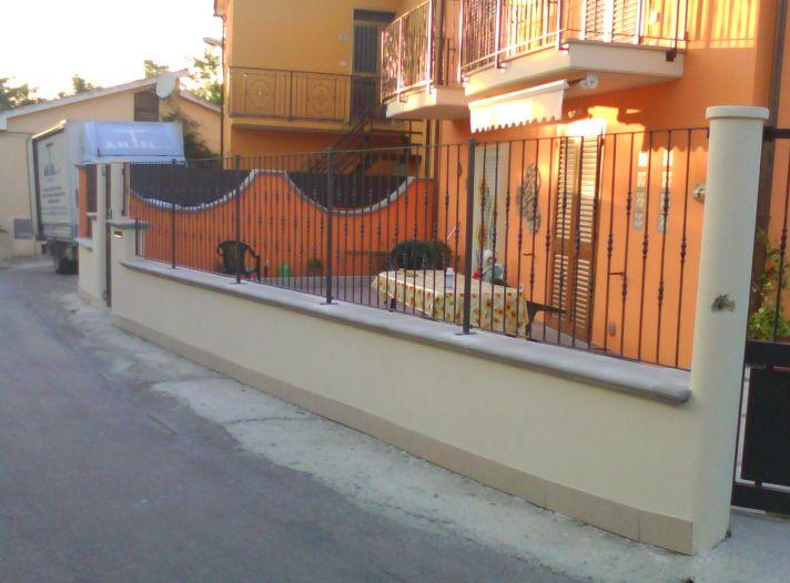 Finest recinzione casa singola with recinzioni esterne - Recinzione piscina legno ...